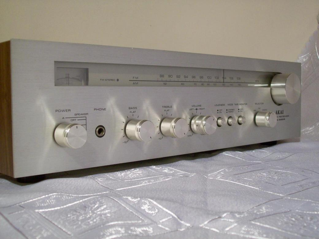 Audio Classic Vintage Forum Amplituner Akai Aa 1010